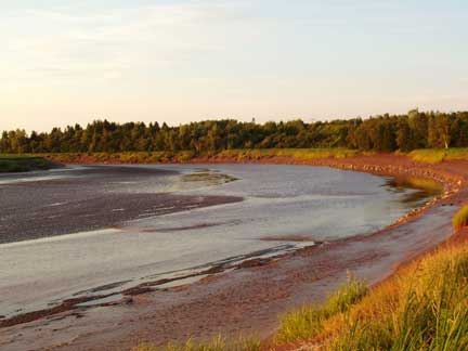 Tidal Bore - Amherst, NS     August 2004